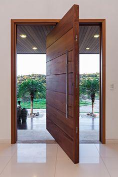 Ideas For Wooden Front Door Design, , Wooden Front Door Design, Wooden Front Doors, Modern Front Door, Front Door Entrance, Modern Entryway, House Entrance, Front Design, Home Door Design, Main Door Design