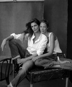 Cindy and Christy by Annie Leibovitz - Us Vogue Sept. 2017