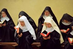 Poor Clare Nuns of Perpetual Adoration of Our Lady of The Angel's Monastery in Alabama American Catholic, Nuns Habits, Religion, Babylon The Great, Help The Poor, Bride Of Christ, Portraits, Atheism, Roman Catholic