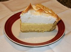 EL POSTRE PERUANO: Cómo preparar un PIE DE LIMON Peruvian Desserts, Peruvian Cuisine, Peruvian Recipes, Looks Yummy, Snack, Sweet Recipes, Sweet Treats, Cheesecake, Deserts