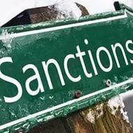 Украина поняла, что ее санкции против России более невыгодны ей самой, чем России.   Украина начинает понимать, что ее санкции против России более невыгодны ей самой, чем России. Как сообщил глава ассоциации «Укркондпром» Александр Балдынюк, Россия запрещае�