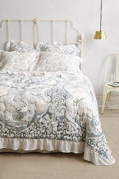 White gray quilt