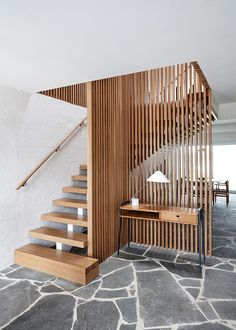 Look inside a family beachside abode by Studio Esteta which turns over a new leaf while drawing the best from its Modernist past and coastal surrounds. interior Portsea Beach House by Studio Esteta Interior Stairs, Home Interior Design, Interior Architecture, Interior And Exterior, Interior Lighting Design, Australian Interior Design, Australian Architecture, Room Interior, Casas Containers
