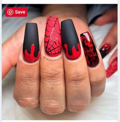 Top 100 Halloween Nail Art designs which are artistic and gory Amazing Black, Bloody & Spiderweb Halloween Nails! Holloween Nails, Cute Halloween Nails, Halloween Acrylic Nails, Best Acrylic Nails, Halloween Nail Designs, Acrylic Nail Designs, Nail Art Designs, Spooky Halloween, Nails Design