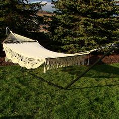 Sunnydaze DeLuxe American Style 2 Person Hammock with Spreader Bars and 15 Foot Hammock Stand