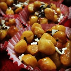 Here is an #italian #tasteful #sweet #christmas #dessert called #struffoli . So simple and so #delicious :) The main ingredient is #honey #food #confiserie #twitter #foods