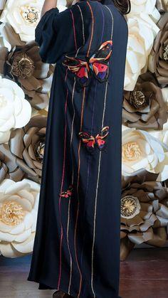 #fabric #butterfly Abaya Fashion, Modest Fashion, Couture Fashion, Fashion Dresses, Motif Kimono, Mode Abaya, Iranian Women Fashion, Fabric Butterfly, Butterfly Abaya