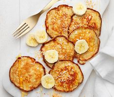 Bananplättar | Recept ICA.se Pancakes, French Toast, Food And Drink, Lunch, Cooking, Breakfast, God Mat, Corner, Prom Dresses
