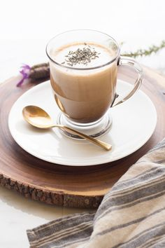 Make your own Lavender Latte at home without any fancy equipment.