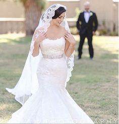 How gorgeous is this #EnzoaniRealBride in her belted Dakota gown?!
