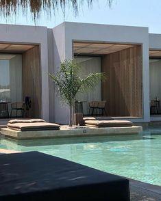 Modern Exterior, Exterior Design, Appartment Design, Tiny Beach House, Home Room Design, Dream House Exterior, Spas, House Goals, Dream Decor