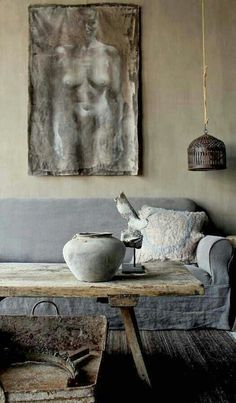 Some people are saying wabi-sabi is the new hygge, or that it's going to be the big trend of But what is wabi-sabi? Emerging from traditional Japanese aesthetics, wabi-sabi is a perspective… Wabi Sabi, Casa Wabi, Rustic Home Interiors, Japanese Aesthetic, Modern Rustic, Rustic Chic, Rustic Decor, Rustic Style, Country Chic