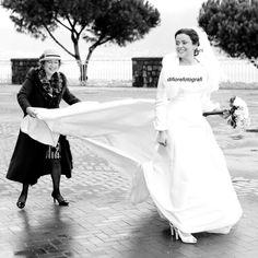 Via col vento... Emozionata e sempre con il sorriso... #customhangers #giftideas #personalizedhangers #lauradianedesigns #bridalshowergift #gown #style #versace #rhinestone #dress #food #tux #tbt #sling #casamento #autumn #automne #marriage #mariage #fallwedding #glpmariage #married #love #purple #egg #wife #cadburys #easter #creamegg #husband