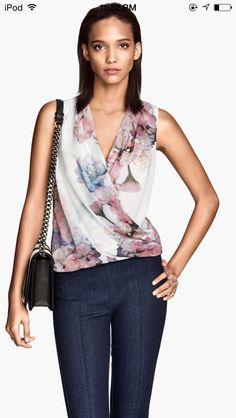 Gorgeous H&M floral top
