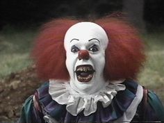 Pennywise the killer clown or Pennywise the scary clown is one of Stephen King's best creations spanning many generations of horror fans. Here are the top 10 th. Halloween Facts, Halloween Movies, Scary Movies, Great Movies, Horror Movies, Movies Evil, Creepy Halloween, Horror Villains, Excellent Movies