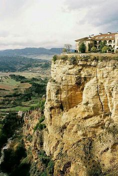 Your Travel Direct. Are you planning a big trip and you would like to stay at a nice hotel? Ronda Malaga, Cities, Cadiz, Spain And Portugal, Great Pictures, Beautiful Pictures, Dream Vacations, Travel Around, Wonders Of The World