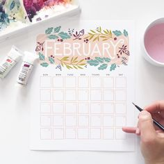 New month means new calendar, yay! How did your January planning turn out? To download this February calendar for free, visit our blog (link in profile).