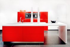 Ons fotoalbum - Keukencentrum Maastricht - Keukenzaak Coninx keukens te Zuid-Limburg Corian, Corner Desk, Ferrari, Furniture, Design, Home Decor, Corner Table, Decoration Home, Room Decor