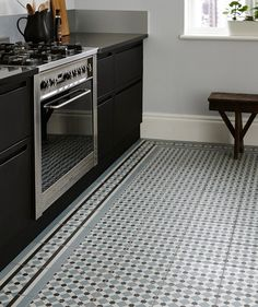 Henley Ice Tile™   Topps Tiles
