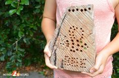 It's easy to make a bug hotel for kids. They look stunning in your garden, costs almost nothing to make & your kids will love lending bugs a helping hand. Australia For Kids, Bug Activities, Preschool Garden, Hotels For Kids, Bug Hotel, Love Bugs, Animal Crafts, Simple Shapes, Get Outside