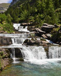 #valledeordesa #paisajesfantasticos #fantasticlandscapes #paisajesdeespaña #landscapesofspain #increible #amazing #freelifestyle #naturelovers #trekking #senderismo #niceplaces