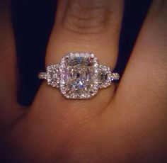 Lets talk about Mayweathers engagement ring for Miss Jackson