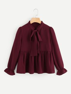 Shop Frill Trim Tie Neck Babydoll Blouse online maroon size small – things i wan… - Season Outfits Hijab Fashion, Girl Fashion, Fashion Dresses, Fashion Design, Blouse Styles, Blouse Designs, Classy Outfits, Casual Outfits, Hijab Stile