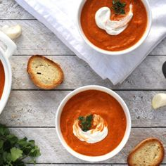 This vegan Roasted Tomato Chickpea Soup is the perfect creamy soup to warm you on those chilly nights!