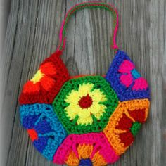 Flower Power Motif Bag | AllFreeCrochet.com