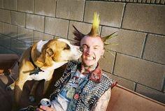 23 fotos que prueban que los punk en realidad son bonachones