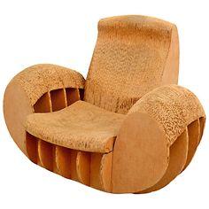 1stdibs.com | Cardboard Rocker Easy Edges Attributed to Frank O Gehry - Louise: Une belle de Frank O Gehry, celui qui m'a fait connaître les meubles en carton à mes 15 ans, voilà presque 40 ans de cela... Je l'adore!