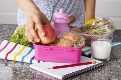 It sounds counter-intuitive, but packing LESS food in lunch boxes may encourage your kids to eat MORE! Here's why.
