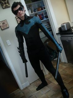 Nightwing cosplay baltimore comic con by httpinstagram killer nightwing cosplay see i dont just post sexy girl cosplay solutioingenieria Images