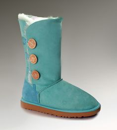 LOVE it This is my dream ugg boots-fashion ugg boots! Click pics for best price ♥ugg boots♥ Ugg Boots Sale, Ugg Boots Cheap, Cheap Uggs, Classic Ugg Boots, Ugg Classic, Ugg Bailey Button, Bailey Bow, Fashionable Snow Boots, Boots Online