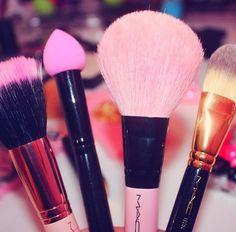 Pink Mac Brushes