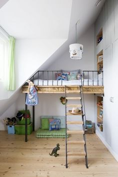 I love these bunk beds with cubbies underneath!