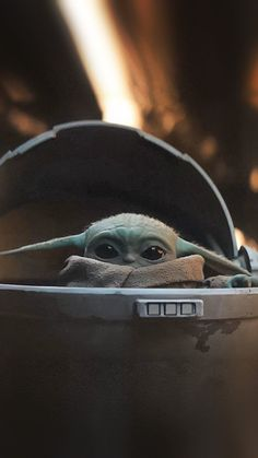 Baby Yoda - Star Wars The Mandalorian. Searched and searched for the wallpaper. - обои - Baby Yoda – Star Wars The Mandalorian. Searched and searched for the wallpapers every where on p - Yoda Pictures, Yoda Images, Star Wars Pictures, Star Wars Images, 4k Pictures, Halloween Pictures, Wallpaper Pictures, Baby Pictures, Star Wars Love