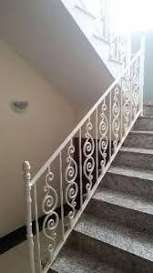 Resultado de imagem para guarda corpo de ferro para escadas