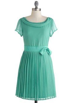 Pretty in Pleats Dress | Mod Retro Vintage Dresses | ModCloth.com
