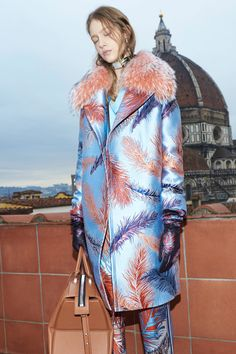 http://www.vogue.com/fashion-shows/pre-fall-2016/emilio-pucci/slideshow/collection