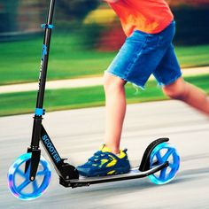 This is the sport scooter which can provide the smooth sliding and bring a lot of fun to your kids. Kick Scooter, Big Wheel, Electric Scooter, Cycling Bikes, Roller Skating, Looks Cool, Aluminium Alloy, Perfect Body