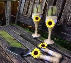 Hey, I found this really awesome Etsy listing at https://www.etsy.com/listing/203098898/sunflower-wedding-cake-serving-set-wine
