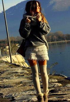 chicwish-beige-pantalones-cortos