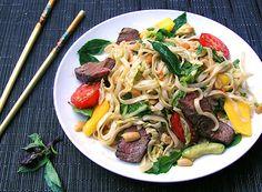 Thai Steak and Noodle Salad • The spicy lime-orange-garlic dressing ...