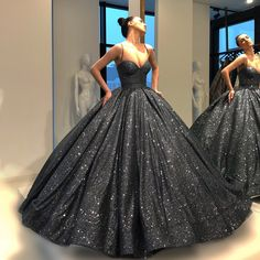 pls pls pls i just want a kreenoleen! Stunning Dresses, Beautiful Gowns, Elegant Dresses, Pretty Dresses, Elegant Ball Gowns, Sweet 16 Dresses, 15 Dresses, Ball Dresses, Straps Prom Dresses