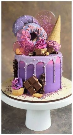 Beautiful Cake Designs, Cool Cake Designs, Beautiful Cakes, Amazing Cakes, Pretty Cakes, Cute Cakes, Yummy Cakes, Candy Birthday Cakes, Beautiful Birthday Cakes