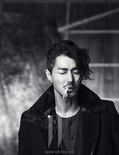 Cha Seung Won wades into the daring waters of fashion for the January issue of W Korea.