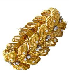 """Le Triomphe"" gold and diamond bracelet"