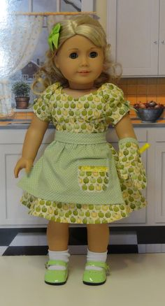Apple Butter - Vintage styled dress and apron for American Girl doll - Beyond Adorable. Another awesome find from Cupcake Cutie Pie!!!!!