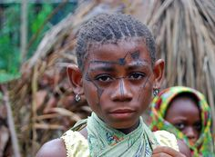 The Mbuti Pygmies of Congos Ituri forest